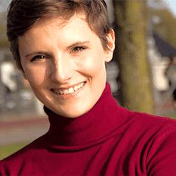 Jana Hohlweg, Selbstständige Senior-Beraterin Digital Work Experience