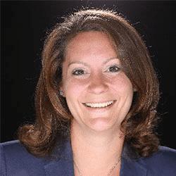 Dr. Julia Ebert, Expertin für People Analytics