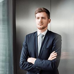 Bernhard Brauß, Finsbury Glover Hering Europe GmbH
